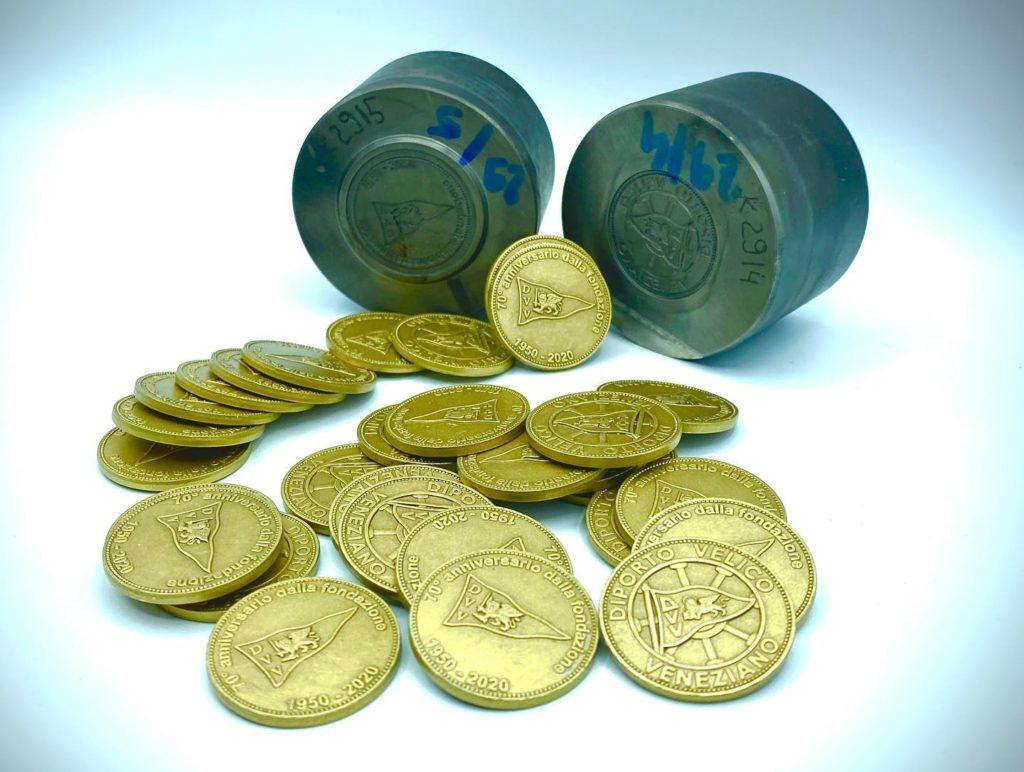 Monete coniate per il 70 anniversario